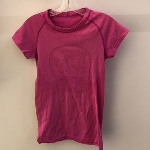 Lululemon pink SS Run Swiftly, sz 6, 64187